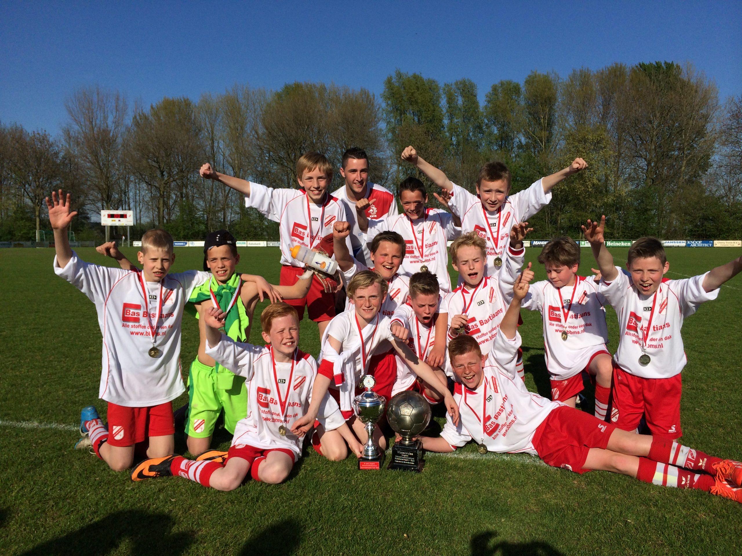 Voetbal Vereniging Jan van Arckel | Dorpsraad Ammerzoden Wordragen
